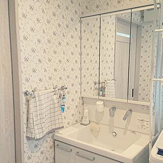 女性家族暮らし、TOTO洗面に関する8mi25さんの実例写真