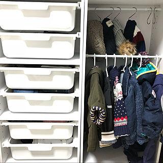女性27歳の家族暮らし3LDK、つっぱり棚に関するzuhozuho312さんの実例写真