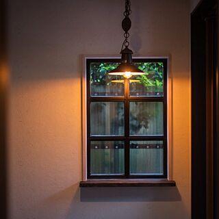 玄関/入り口/ビンテージ風棚板/男前/照明のインテリア実例 - 2017-06-27 19:00:37