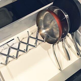 キッチン/フライパン立て/IKEA/キッチン雑貨/吹き抜けのある家...などのインテリア実例 - 2017-10-13 00:20:35