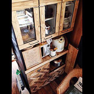 キッチン/食器棚/小さなお家/男前/食器棚リメイク...などのインテリア実例 - 2015-05-05 08:05:28