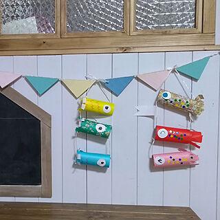 女性家族暮らし、板壁DIYに関するAnjelさんの実例写真