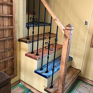 3色階段/色は難しい/家づくり/迷い/だって選べなかったんだもん...などのインテリア実例 - 2020-02-07 12:52:48