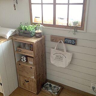 女性41歳の家族暮らし3LDK、手作り窓枠に関するjujuさんの実例写真