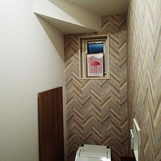 女性家族暮らし、ヘリンボーン壁に関するBAZさんの実例写真