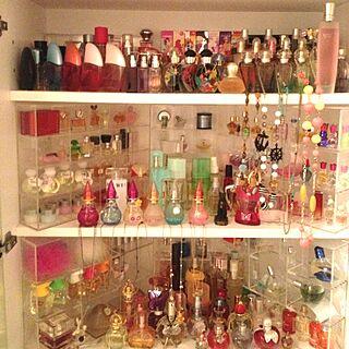 女性同棲、香水瓶に関するayaさんの実例写真