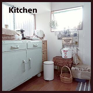 キッチン/フォローすごく嬉しいです♡/いつもいいねやコメありがとうございます♡/昭和の家/インテリア...などのインテリア実例 - 2018-05-18 08:49:29