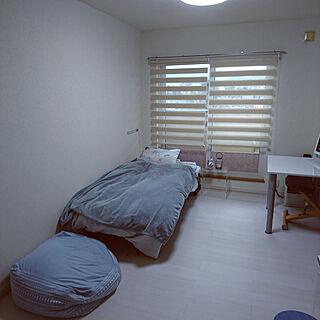ベッド周り/一人暮らしの部屋/白い床/ミニマリストになりたい/一人暮らし 賃貸...などのインテリア実例 - 2017-09-17 17:13:27