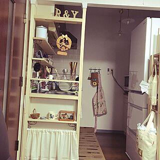 キッチン/ディアウォール DIY/ディアウォール/魔女の宅急便/賃貸マンション...などのインテリア実例 - 2016-04-28 15:30:34