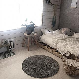 ベッド周り/カゴ収納/観葉植物/ラグ/IKEA...などのインテリア実例 - 2017-10-06 18:55:14