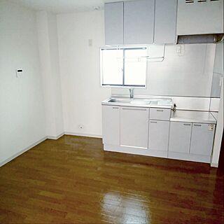 家族暮らし2DK、ボロアパートなんて言わせないに関するnecomaru.comさんの実例写真