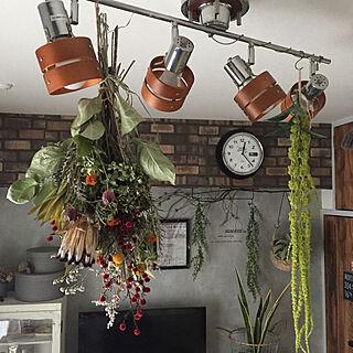 家族暮らし1LDK、壁掛け時計に関するmomijiさんの実例写真