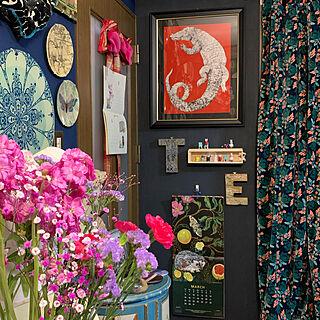 ディスプレイコーナー/ヒグチユウコ/アートをインテリアに取り入れたい/アートのある暮らし/アート系ミックススタイル...などのインテリア実例 - 2020-03-21 01:28:16