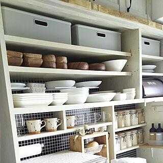 女性家族暮らし3LDK、食器棚リメイクに関するflannel.さんの実例写真