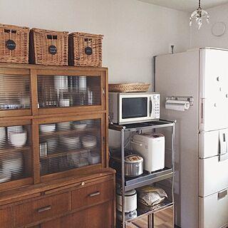 女性家族暮らし、アンティーク食器棚に関するroniqueさんの実例写真