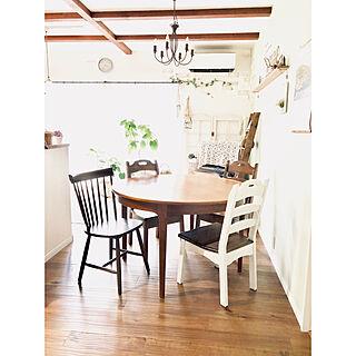 女性家族暮らし、アンティーク椅子に関するkakamiさんの実例写真