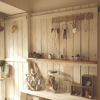 rooku松ぼっくり/rooku流木/kokkomachaちゃん/DIY板壁/DIY棚/素敵な頂き物のインテリア実例 - 2013-11-16 10:23:43