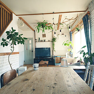 女性35歳の家族暮らし4LDK、しっくい天井に関するmontresoryuzuhaさんの実例写真