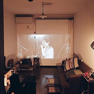 女性25歳の一人暮らし2DK、DIY 本棚に関する419Naoさんの実例写真