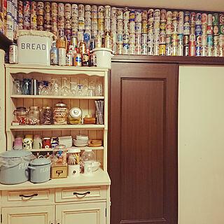 女性家族暮らし4LDK、食器棚リメイクに関するJUNMARIKAさんの実例写真
