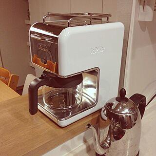 デロンギ (De'Longhi) 424 コーヒーメーカー のインテリア実例