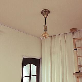 ダイヤモンド型ランプ/フィラメントLED電球/LOWYA/間接照明/ソケットコード...などのインテリア実例 - 2019-08-30 19:03:46