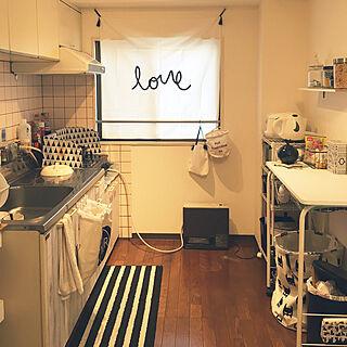 キッチン/ウォールアート/カーテン/一人暮らし/シロが好き...などのインテリア実例 - 2018-02-23 16:30:45