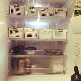 キッチン/BOX収納/キャンドゥ/100均/冷蔵庫収納...などのインテリア実例 - 2018-11-03 13:07:39