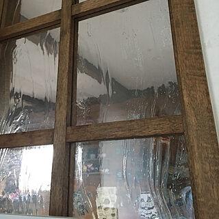 女性36歳の家族暮らし4LDK、気泡ガラス好きに関するhappy129さんの実例写真