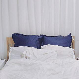 女性の、、家族住まいの「ベッド周り」についてのインテリア実例