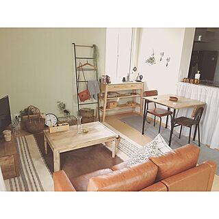 女性28歳の一人暮らし1K、ニトリコンソールテーブルに関するminami_09さんの実例写真