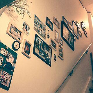 壁/天井/階段ギャラリー/写真コーナー/子供の写真/大阪人でおま...などのインテリア実例 - 2015-11-08 19:31:20