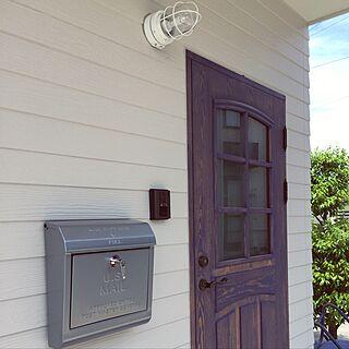 玄関/入り口/ブルーのドア/木製ドア/アメリカン/アメリカンポスト...などのインテリア実例 - 2017-04-27 11:01:42