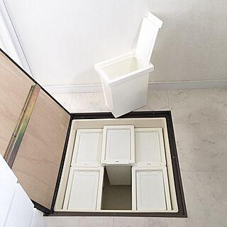 女性家族暮らし3LDK、床下収納に関するa.organizeさんの実例写真