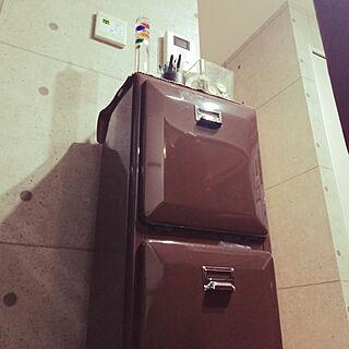 ゴミ箱/温度計/キャンドル/初投稿/DULTONのインテリア実例 - 2018-11-17 17:42:47