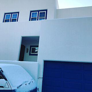 玄関/入り口/雪がすごいのに…/5人家族/注文住宅/白とブルーの四角い家...などのインテリア実例 - 2018-01-27 09:39:04