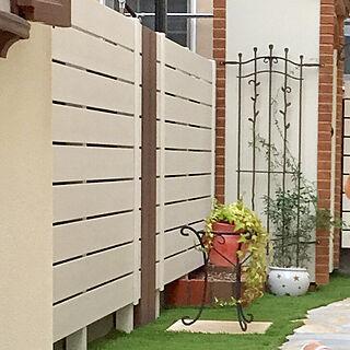 フェンスの人気の写真(RoomNo.3017072)