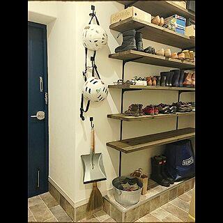 玄関/入り口/シューズクローク玄関/入り口/DIY/下駄箱/ペイントドア...などのインテリア実例 - 2016-02-15 00:03:49