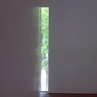 玄関/入り口/スリット窓/黒竹/坪庭/玄関...などのインテリア実例 - 2015-07-29 20:22:56