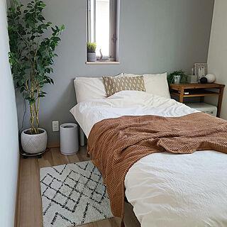 ベッド周り/スッキリ暮らしたい/ナチュラル/ベッド/ベッドルーム...などのインテリア実例 - 2020-09-22 18:08:35