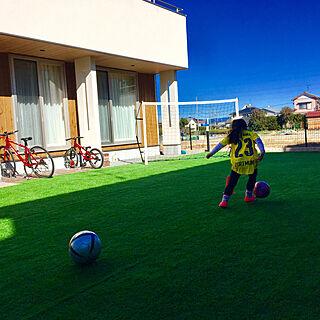 男性36歳の家族暮らし4LDK、サッカーのある暮らしに関するTOMOさんの実例写真