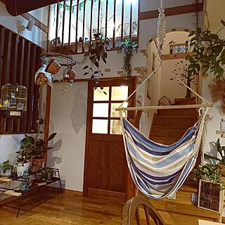 部屋全体/リビング階段/吹き抜けリビング/造作ドア/わんこと暮らす家...などのインテリア実例 - 2018-04-17 18:40:01