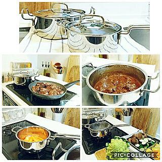 女性の、、一人暮らしの「キッチン」についてのインテリア実例