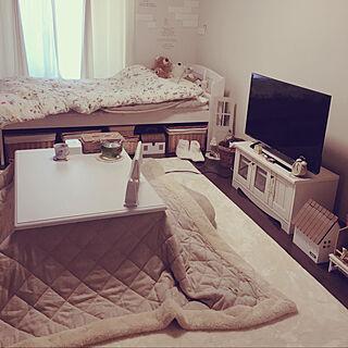 女性の、1K、一人暮らしの「部屋全体」についてのインテリア実例