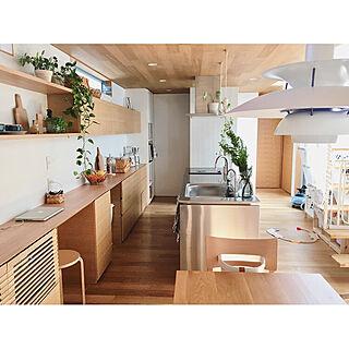 女性家族暮らし3LDK、造作キッチンに関するchikalyさんの実例写真