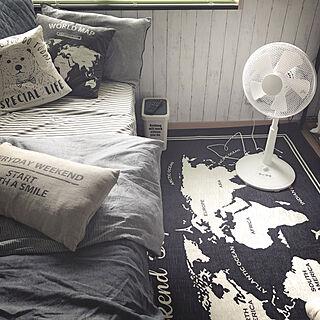 ベッド周り/new in./扇風機/3COINS/ダストボックス...などのインテリア実例 - 2018-06-23 09:52:30