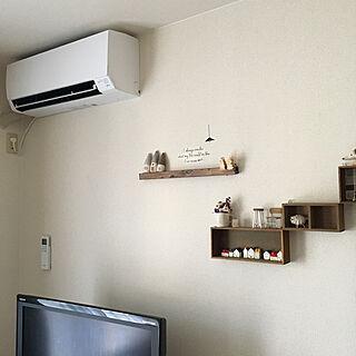 新しいエアコン設置完了/嬉しくて、つい♡/RC長野/賃貸/賃貸インテリア/RCの出会いに感謝♡...などのインテリア実例 - 2018-07-27 16:50:45