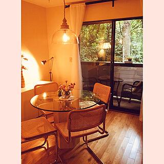 ガラスのダイニングテーブル/花のある暮らし/新緑と窓/私は不器用/カナダ...などのインテリア実例 - 2019-06-28 07:44:48