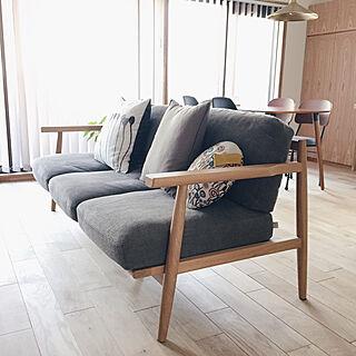 女性37歳の家族暮らし3LDK、ナラ材に関するpix-houseさんの実例写真