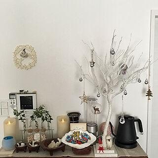 棚/アイビー水挿し/貝殻インテリア/クリスマスディスプレイ/クリスマス雑貨...などのインテリア実例 - 2018-12-27 10:25:35
